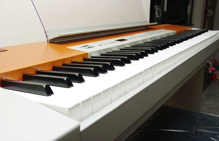 yamaha p120 digital piano. Black Bedroom Furniture Sets. Home Design Ideas